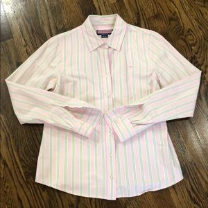 Vineyard Vines women's button down. Size 8.
